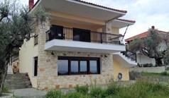 公寓 99 m² 位于卡桑德拉(哈尔基季基州)