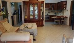 公寓 87 m² 位于卡桑德拉(哈尔基季基州)