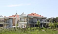 独立式住宅 300 m² 位于塞萨洛尼基