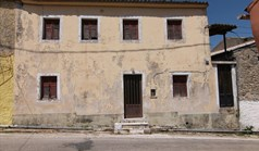 Detached house 100 m² in Corfu