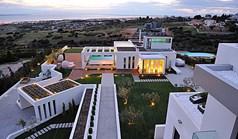 ویلا 900 m² در تسالونیکی
