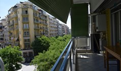 Flat 100 m² in Thessaloniki