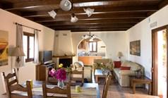 بيت صغير 142 m² في جزيرة كريت