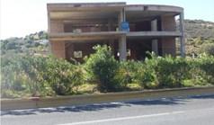 商用 1350 m² 位于雅典