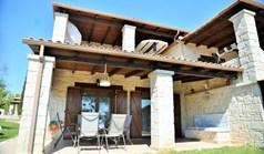 بيت صغير 137 m² في کاساندرا (هالكيديكي)