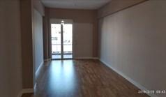 Stan 90 m² u Atini