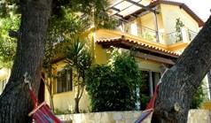 独立式住宅 220 m² 位于阿提卡