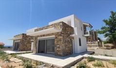 独立式住宅 150 m² 位于新马尔马拉斯(哈尔基季基州)