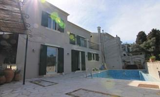 8f4fb1888ebf Real Estate in Greece