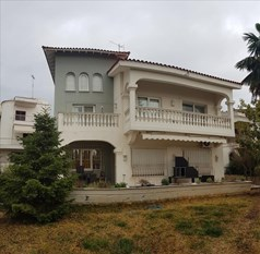 Detached house 370 m² in the suburbs of Thessaloniki