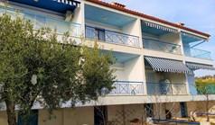 复式住宅 100 m² 位于新马尔马拉斯(哈尔基季基州)