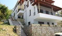 اپارتمان 213 m² در تاسوس