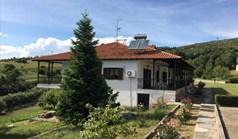 Kuća 350 m² u predgrađu Soluna