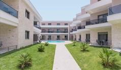 酒店 698 m² 位于新马尔马拉斯(哈尔基季基州)