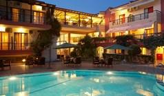 فندق 1680 m² في کاساندرا (هالكيديكي)