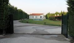 خانه 200 m² در آتیکا