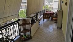Appartement 76 m² à Loutraki
