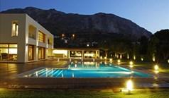 Vila 820 m² na Atici