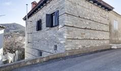 Μονοκατοικία 110 τ.μ. στα περίχωρα Θεσσαλονίκης