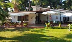 独立式住宅 96 m² 位于卡桑德拉(哈尔基季基州)