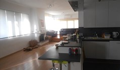 公寓 120 m² 位于阿提卡