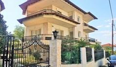 Kuća 400 m² u Solunu
