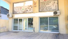 Business 330 m² in the suburbs of Thessaloniki