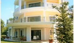 别墅 1000 m² 位于塞萨洛尼基