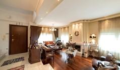 独立式住宅 400 m² 位于塞萨洛尼基