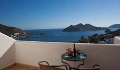 فندق 1600 m² في الجزر