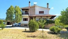 Котедж 304 m² в передмісті Салонік