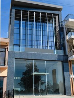 Business 270 m² in Athens