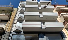 商用 843 m² 位于雅典