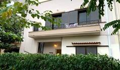 商用 180 m² 位于雅典