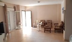 公寓 76 m² 位于卡桑德拉(哈尔基季基州)