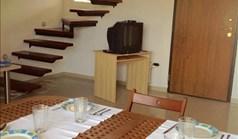 بيت صغير 85 m² في کاساندرا (هالكيديكي)