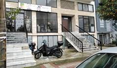商用 745 m² 位于雅典
