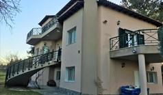 独立式住宅 280 m² 位于塞萨洛尼基