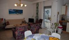 Flat 100 m² in the suburbs of Thessaloniki