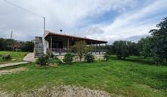 独立式住宅 90 m² 位于克里特
