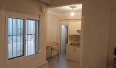 公寓 30 m² 位于塞萨洛尼基