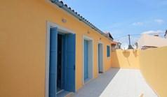 بيت مستقل 77 m² في الجزر