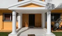 ویلا 470 m² در آتیکا