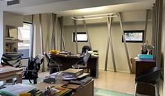 عمل 100 m² في أثينا
