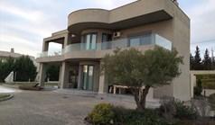 Vila 330 m² u predgrađu Soluna