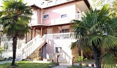 Kuća 195 m² u predgrađu Soluna