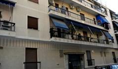 شقة 46 m² في أتيكا