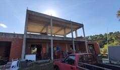 独立式住宅 250 m² 位于新马尔马拉斯(哈尔基季基州)
