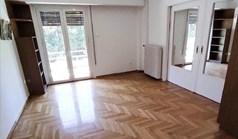 اپارتمان 74 m² در آتن