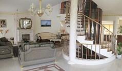 بيت صغير 495 m² في  تسالونيكي